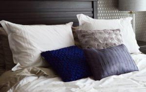 Vankúše na posteli